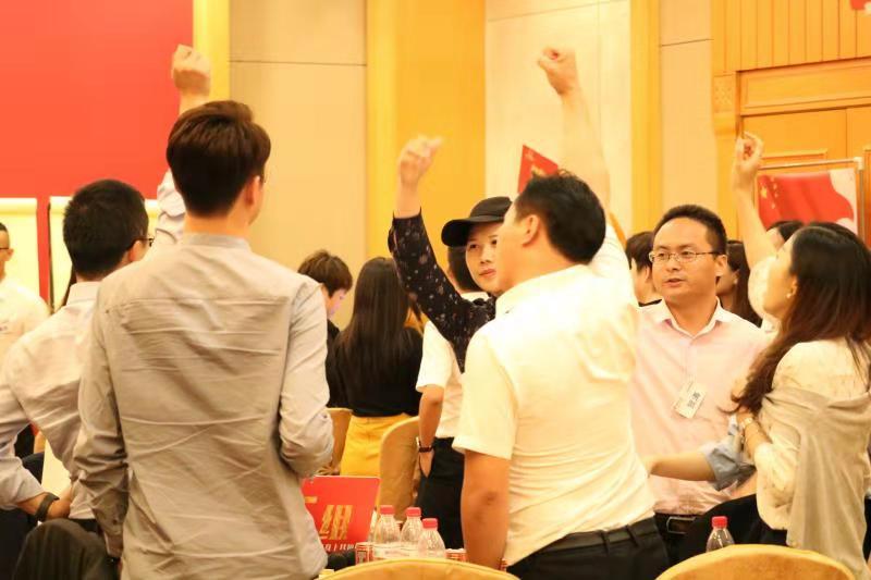 龙华民治演讲培训,提升你的领导力、影响力和销售力