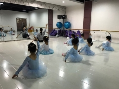 大东区芭蕾班 艺斯腾