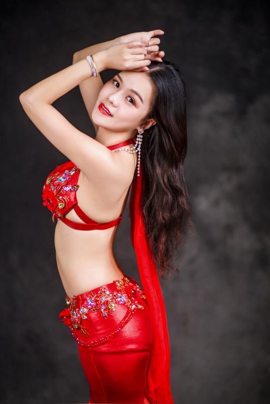 优雅女人一定要学东方舞