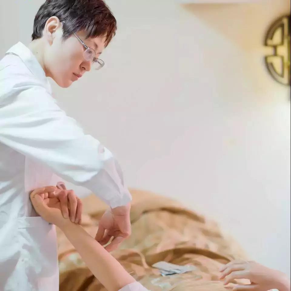 针灸学习丨舒氏针灸疑难杂症现场实操培训