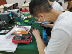 成都学手机维修技术的地方,教你快速学会手机维修技术